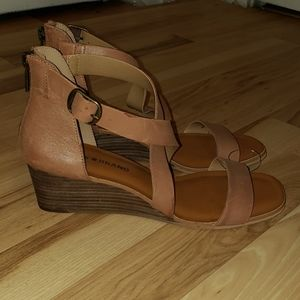 Lucky Brand Leather Wedge Sandal